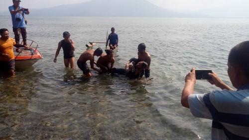 Santri Ponpes Miftahul Huda Way Kanan, Tewas Tenggelam di Pantai Pelangi