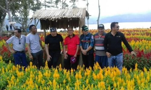 Wakil Bupati OKU Selatan Kunjungi Destinasi Wisata Taman Bunga