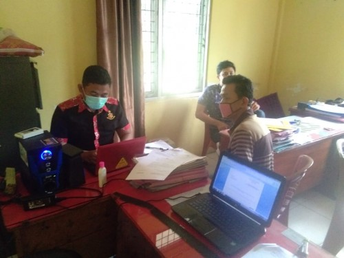 Kepala Desa Tanjung Kemala Laporkan Salah Satu Akun Facebook ke Polres Oku Selatan